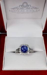 Royal-natural-blue-sapphire-and-diamonds-ring